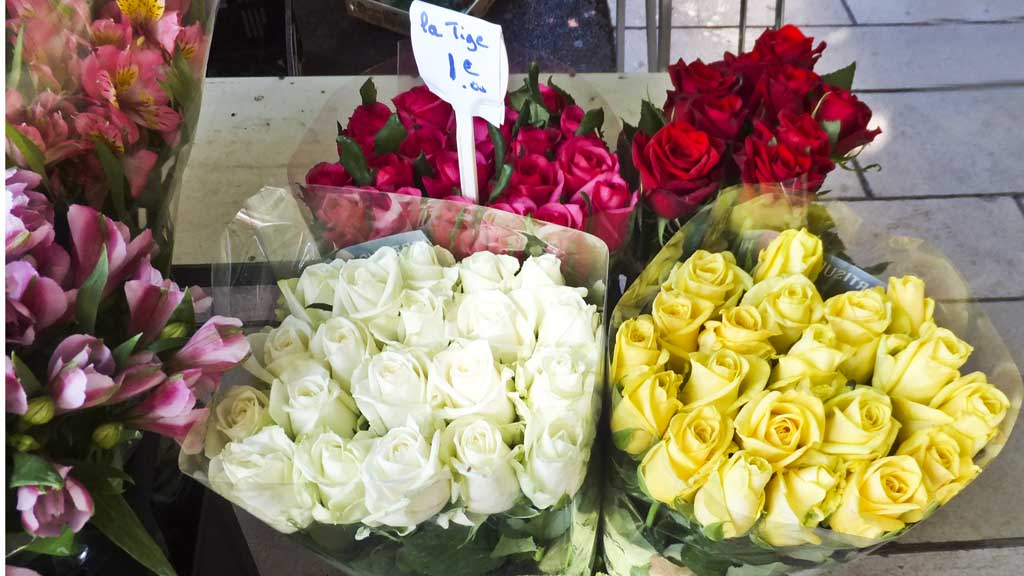Roses in big bunches in the market of Bandol, France