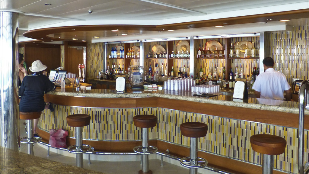 The Outrigger Bar on Royal Princess